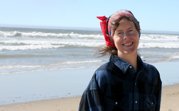 Lisa at the Oregon Coast – July 2014 | Photo by John Jordan-Cascade